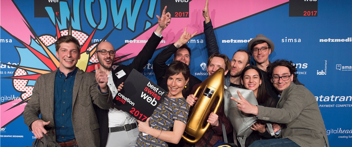 Happy Liipers who just won the Best of Swiss Web gold award in creation